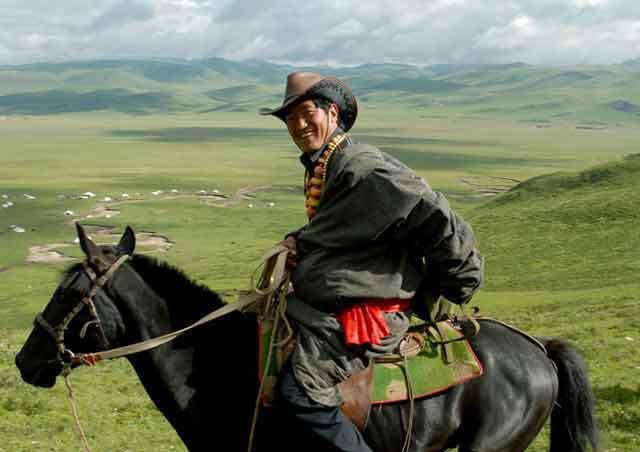 最雄壮的藏族男子汉(康巴汉子)