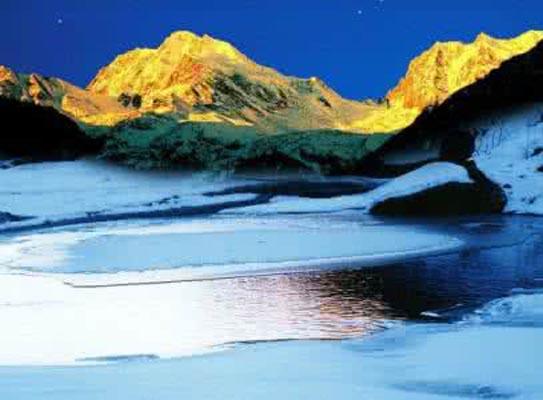海螺沟12冰川.jpg
