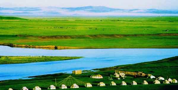 龙日坝大草原